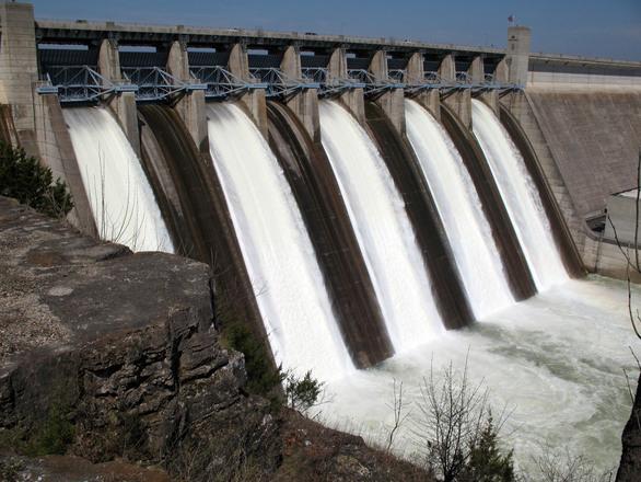 dam-1307834